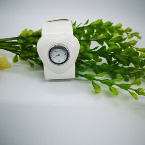 Marc Jacobs white heart watch